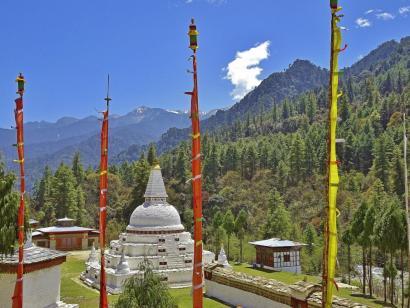 Auf den Spuren des Donnerdrachen Bhutan intensiv: komplette Durchquerung des Königreiches von Ost nach West mit allen Höhepunkten