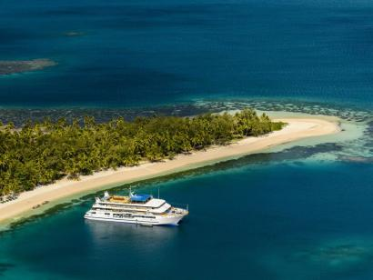 Reise in Fidschi, Vor Anker in den Yasawas