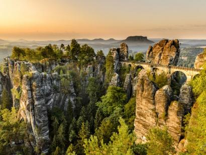 Entspannte Fotoreise Sächsische Schweiz Fotoreise und ausgedehnte Spaziergänge an der berühmten Bastei-Aussicht unter Leitung von Olympus-Visionary Uwe Statz