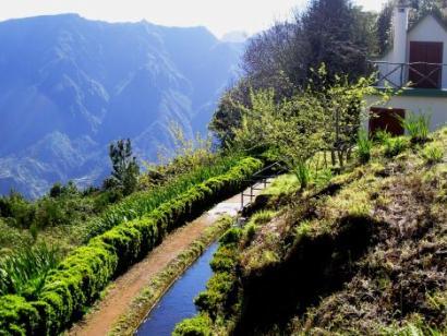 Reise in Portugal, Levada auf Madeira
