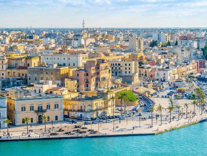 Reise in Italien, Hafen von Brindisi, Italien