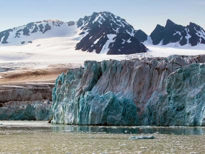 Expedition Franz-Josef-Land Komfortabel unterwegs in die einsame Wildnis der geheimnisvollen Inselgruppe, Heimat vieler Eisbären