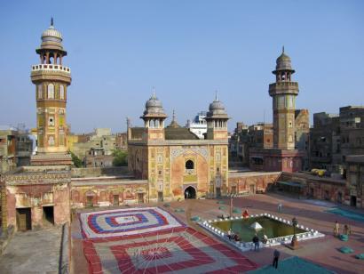 Reise in Pakistan, Farbenpracht und Vielfalt zu Füßen des Karakorum Kultur- und Wanderreise