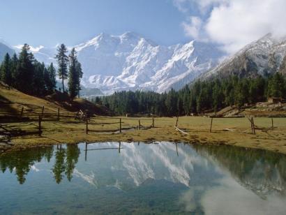 Reise in Pakistan, Herrliche Aussicht vom Fort Baltit zum Rakaposhi.