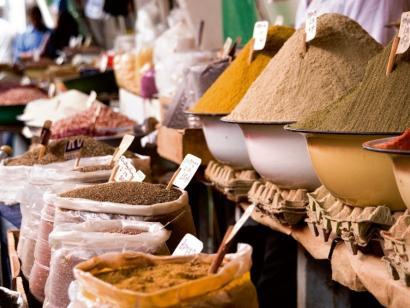 Haute Cuisine des Kaukasus Für Feinschmecker, Weingenießer, Kulturliebhaber und all jene, die schon immer einen guten Geschmack hatten