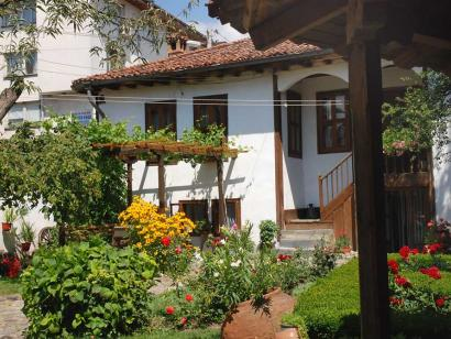 Reise in Bulgarien, Garten im Tsutsova Haus Kalofer