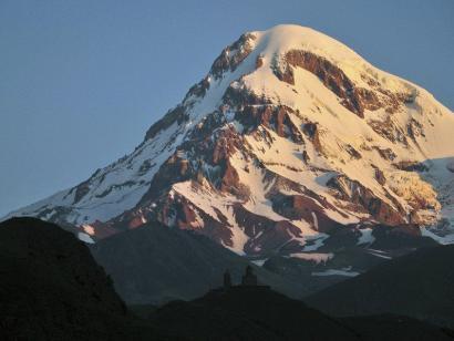 Kasbek (5047m) und Elbrus (5642m) Grenzüberschreitende Bergexpedition im Kaukasus zu gleich zwei attraktiven 5000ern