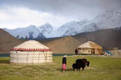 Reise in Kirgistan, Kirgistan: Ein Bilderbuchtraum zwischen Pamir und Tian Shan! (11 Tage Natur-Erlebnisreise mit Wandern durch die Bergwelt Zentralasiens) (Verlängerungsmöglichkei