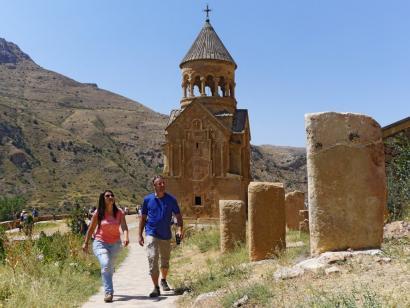 Kulturschätze Armeniens zu Fuß entdecken Rendezvous im Südkaukasus: faszinierende Begegnungen mit urchristlicher Kultur und Tradition mit aktiver Note