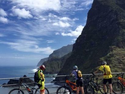 Reise in Portugal, Rast an der Nordküste Madeiras
