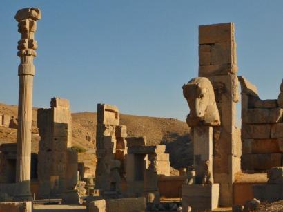 Märchenhaftes Persien – Wüsten, Paläste und Moscheen Kulturschätze Isfahan, Yazd und Shiraz sowie Wanderungen in faszinierenden Wüstenlandschaften