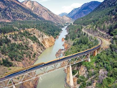 Reise in Kanada, Rocky Mountaineer am Fraser River