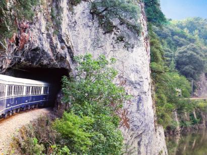 Reise in Spanien, Mit dem Costa Verde Express auf der Route der Jakobspilger von Bilbao nach Santiago (2022)