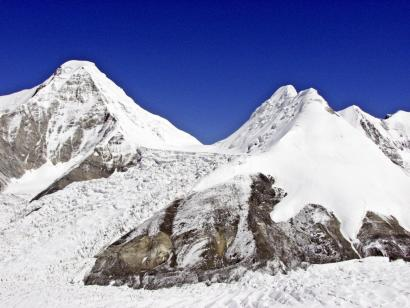 Pik Karly Tau (5450 m), Bayankol (5791 m) und Marble Wall (6400 m) 23 Tage Expeditionsreise