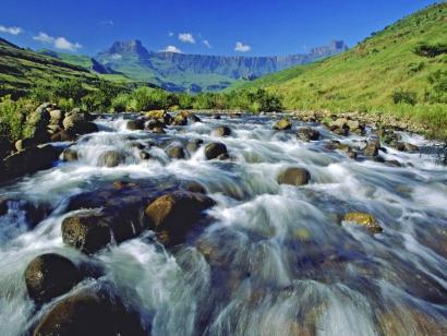 Reise in Südafrika, Blick auf das Amphitheater in den Drakensbergen