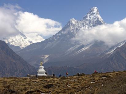 Reise in Nepal, Blick auf Mount Everest und Nuptse