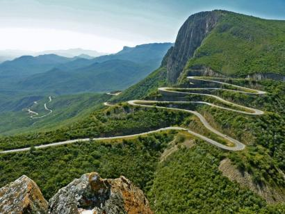 Reise in Angola, Leba-Pass