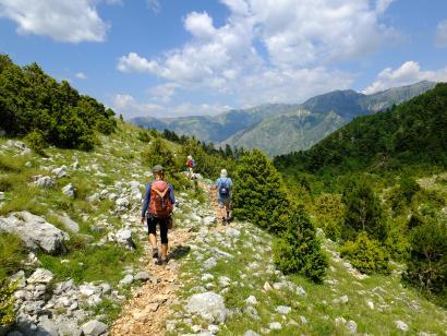Reise in Albanien, Wanderung mit traumhaften Bergpanorama