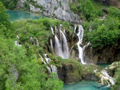 Reise in Kroatien, Die Plitvicer Seen und ihre Wasser-Kaskaden