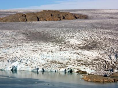 Zwischen Eisbergen und Gletschern Kurze Wander- und Naturreise mit einfachen Zeltcamps in grandioser Kulisse und vielen Zodiacfahrten