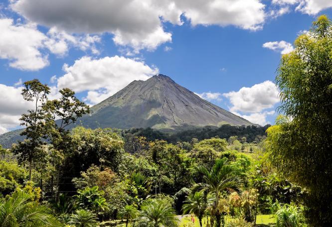 Reise in Costa Rica, Shutterstock_VulkanArenal.jpg.jpg