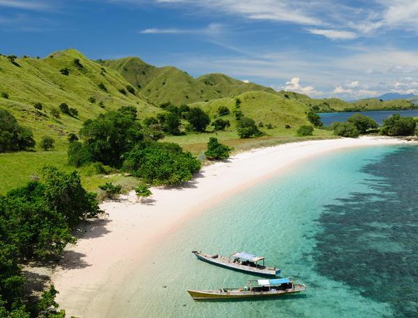 Reise in Indonesien, Strand am Komodo-Nationalpark