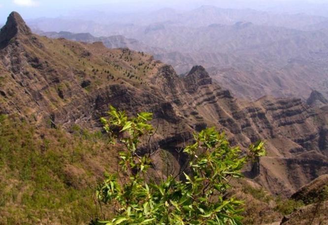 Reise in Kap Verde, Aufstieg zum Pico d'Antonia