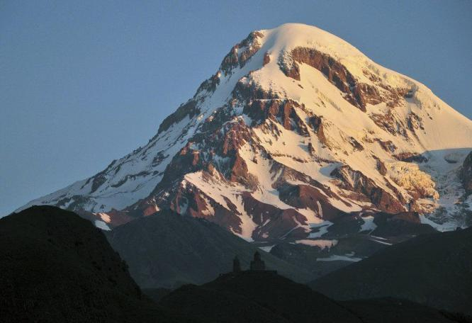 Reise in Georgien, Gruppe an der Flanke des Elbrus-Westgipfels