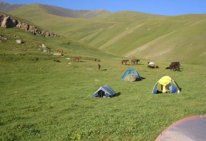 Reise in Usbekistan, Hochebene von Kyzyl Oi
