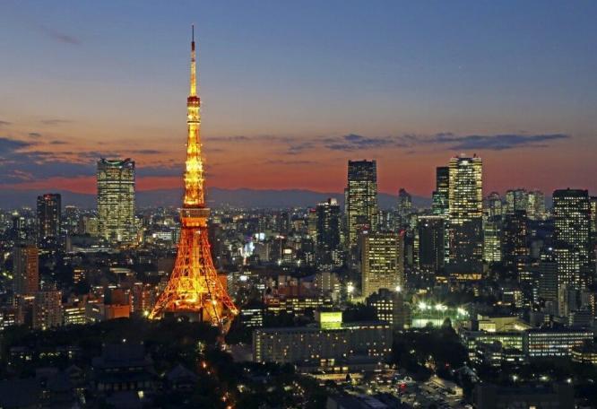 Reise in Japan, Gundam auf der Halbinsel Odaiba in Tokio