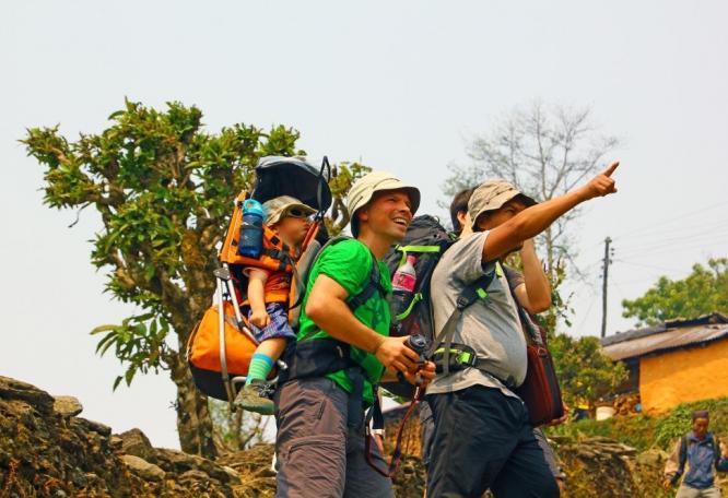Reise in Nepal, Gebetsfahnen am Dhaulagiri