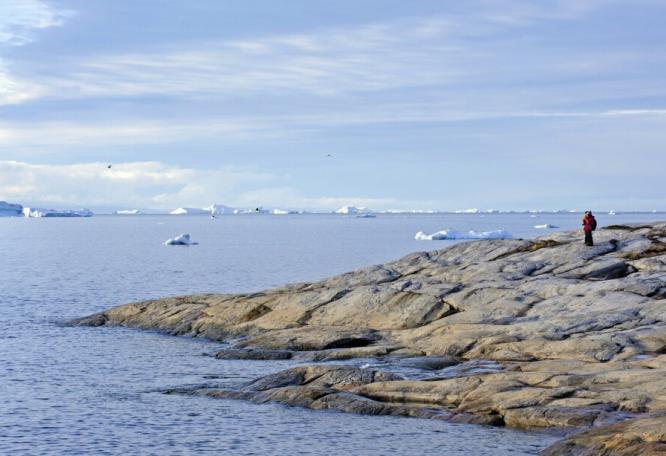 Reise in Grönland, In der Diskobucht treiben gewaltige Eisberge