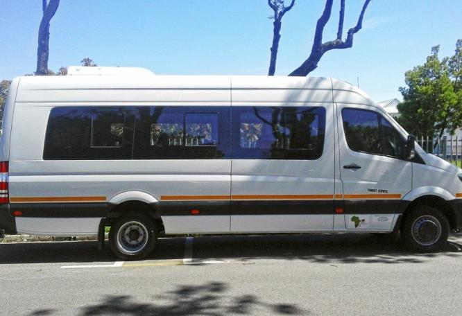 Reise in Südafrika, Fahrzeug während der Lodgesafari