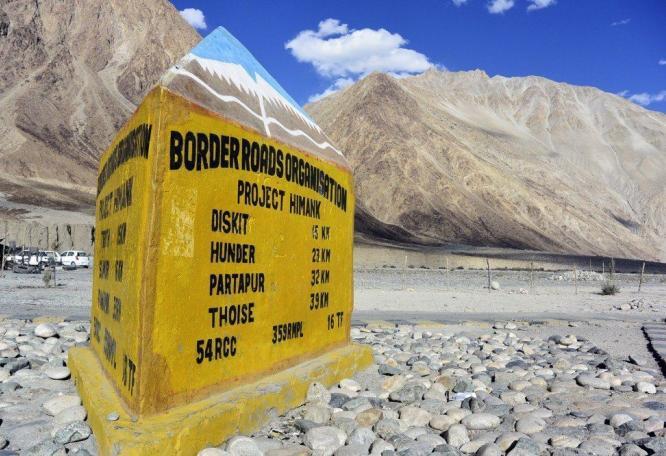 Reise in Indien, Blick vom Kongmaru La (5130m) auf Kang Yatze II I )(6400m) und II (6190m)