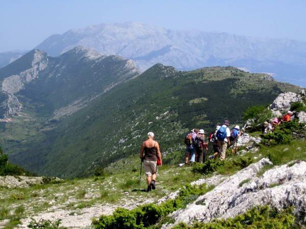 Reise in Kroatien, Wanderung auf dem Kula mit Aussicht auf das Biokovo-Gebirge