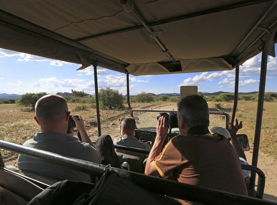 Reise in Namibia, Safariausfahrt auf GocheGanas