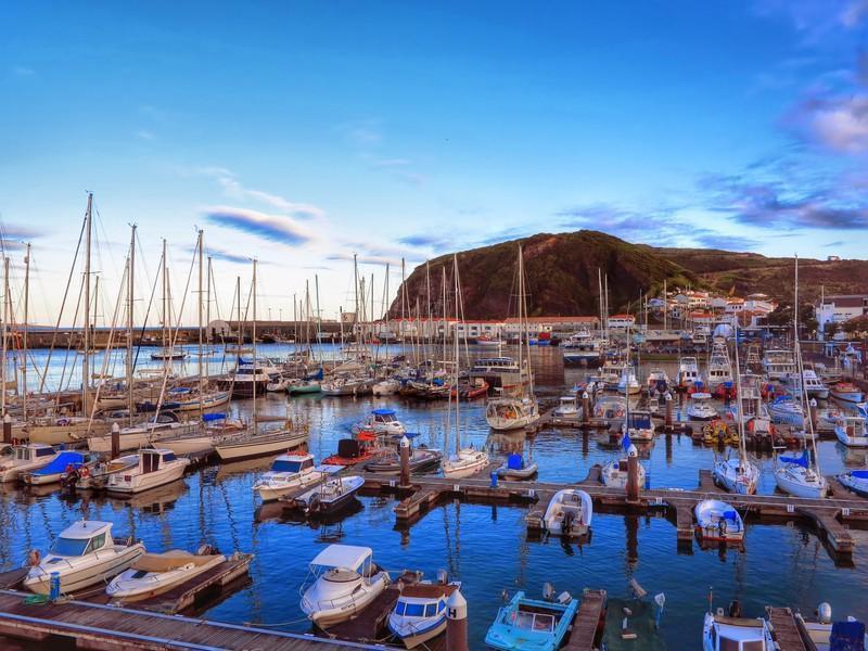 Reise in Portugal, Segelhafen von Horta