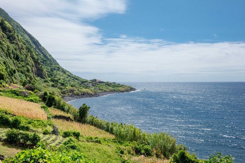 Reise in Portugal, Wanderung an der Südküste von São Jorge
