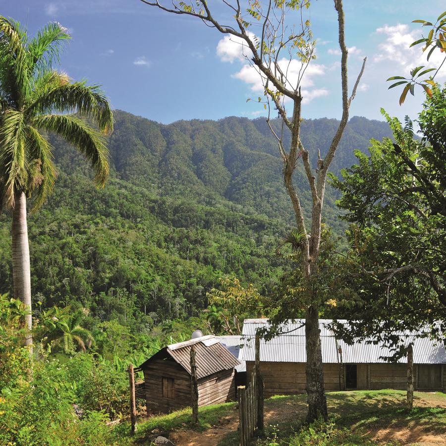 Reise in Kuba, CubaSierraMaestrashutterstock_141149452_03.jpg.jpg
