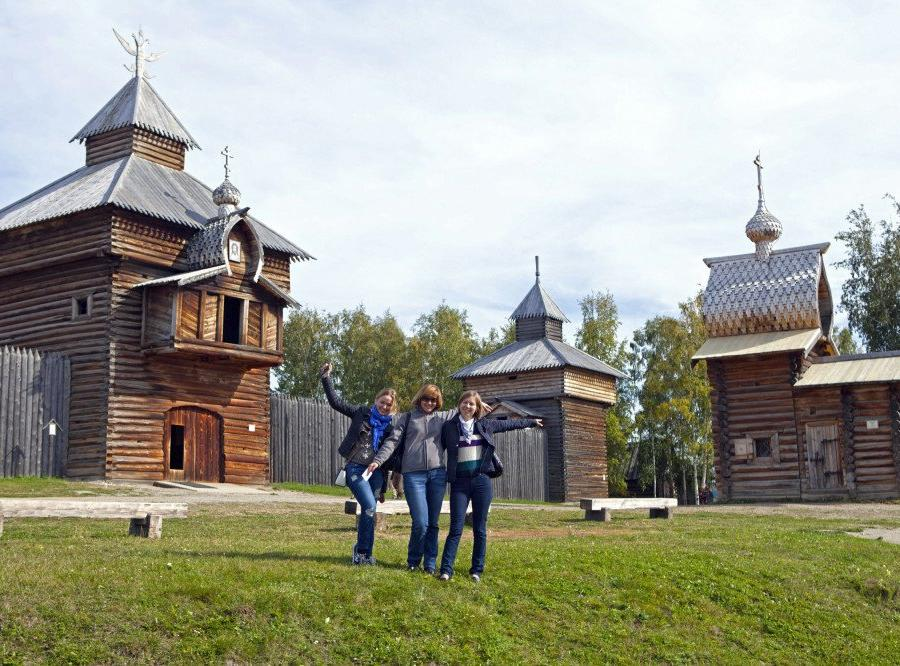 Reise in Russland, Ausflugsschiff ALTAI
