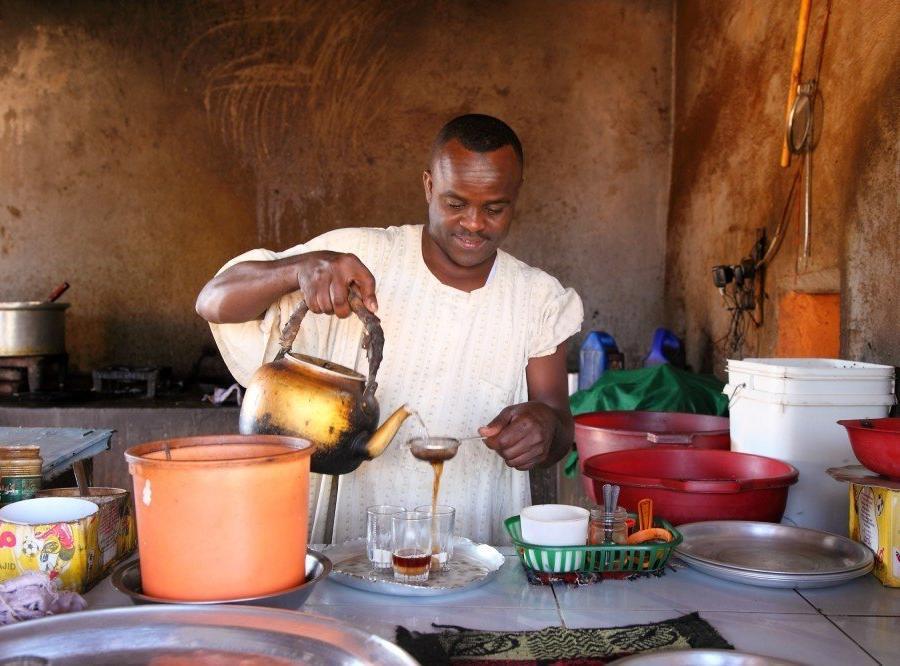 Reise in Sudan, Traditionelle Teezubereitung in Sudan