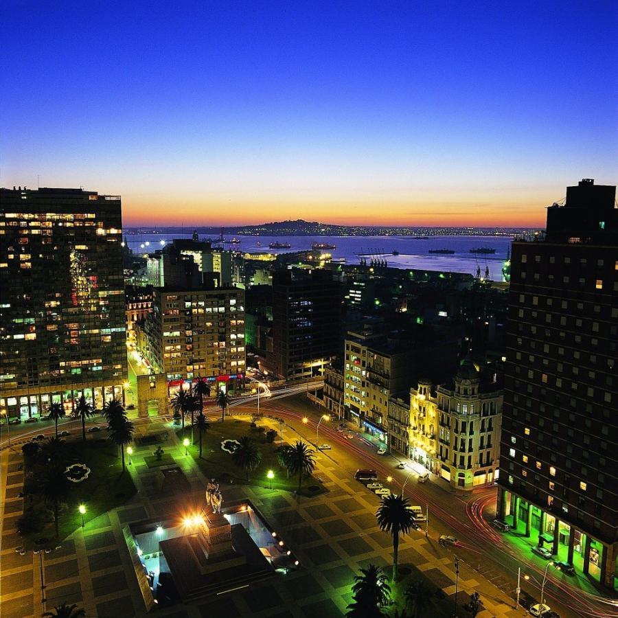 Reise in Argentinien, Der Unabhängigkeitsplatz von Montevideo