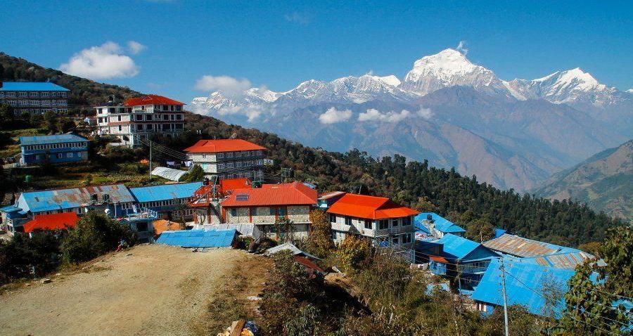 Reise in Nepal, Im Angesicht von Annapurna-Süd (7219m)