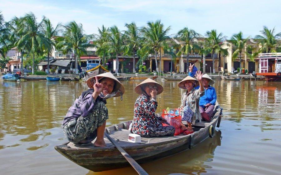 Reise in Vietnam, zurück vom Einkauf auf dem Markt