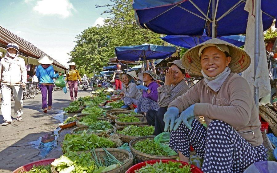 Reise in Vietnam, Markttreiben in Vietnam