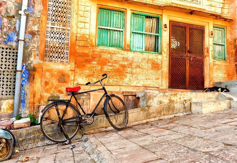 Reise in Indien, Radtour mit Dorfbesuch in Bundi und im Umland
