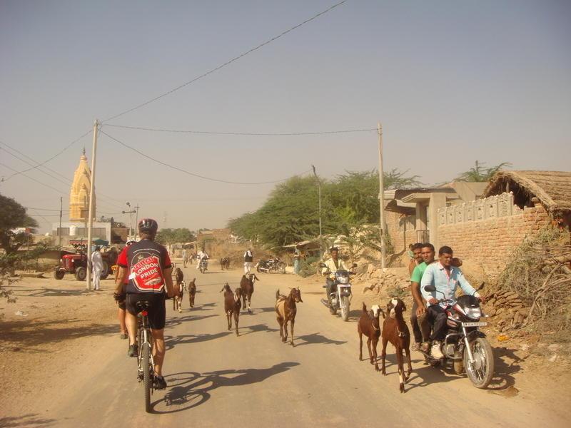 Reise in Indien, Radetappen auf ruhigen Nebenstraßen