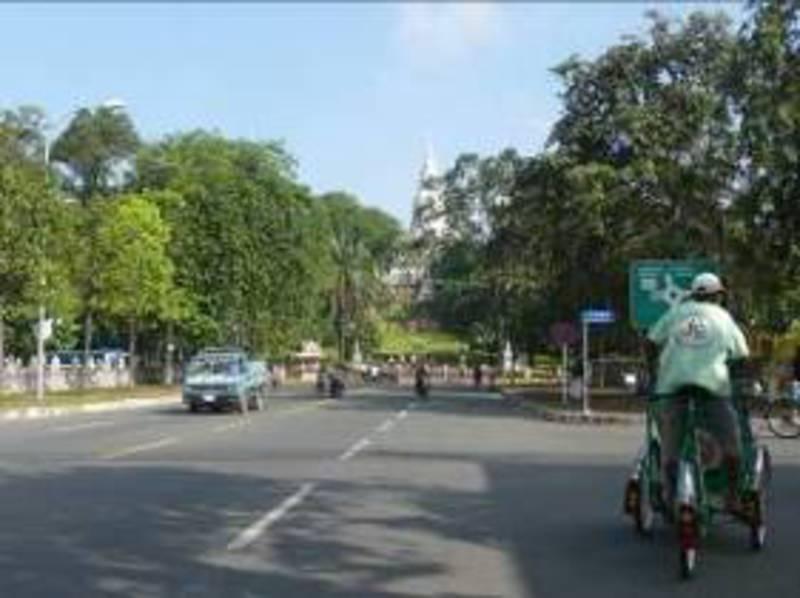 Reise in Kambodscha,  Unterwegs auf kambodschanischen Straßen