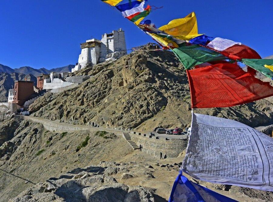Reise in Indien, Leh, Tsenmo-Hügel mit Gongkhang und Lhankhang