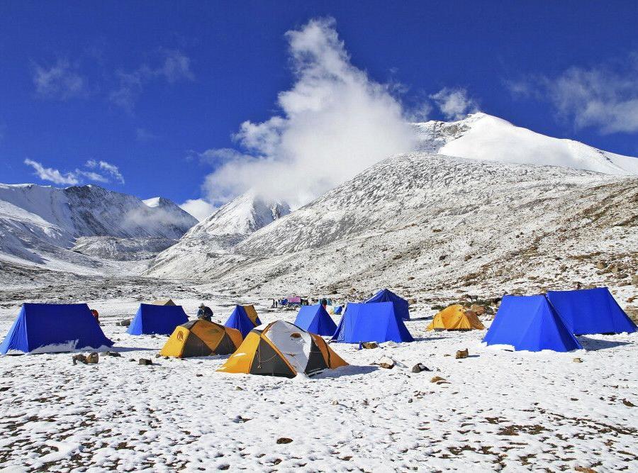 Reise in Indien, Neuschnee im Kang Yatze Basislager